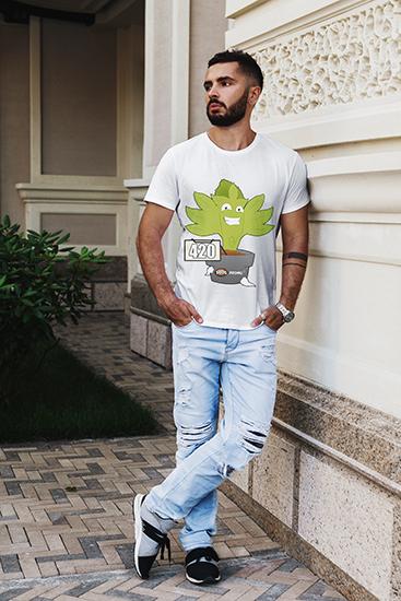 camiseta 420 modelo2_hombre_camiseta_seedspromo
